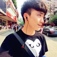 实力派帅气男生QQ头像_www.qqtu8.net