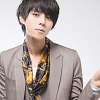 古典风格的帅气男生头像_www.qqtu8.net